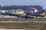 ES-YLR-Breitling Jet Team-2009-09-12LPPR